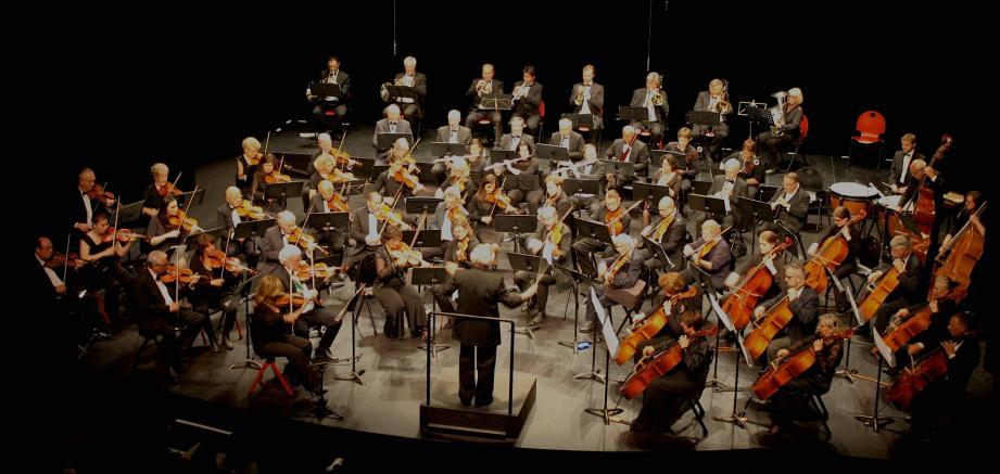 Demain, l'orchestre symphonique azuréen donnera son concert des 50 ans. Avec au pupitre, des avocats, médecins, informaticiens, enseignants, tous musiciens amateurs…