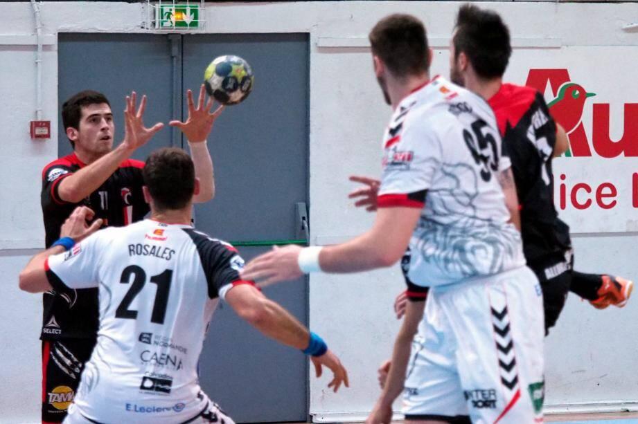 Face à une équipe de Limoges elle aussi dans le dur, la formation niçoise vise un premier succès en championnat cette saison.