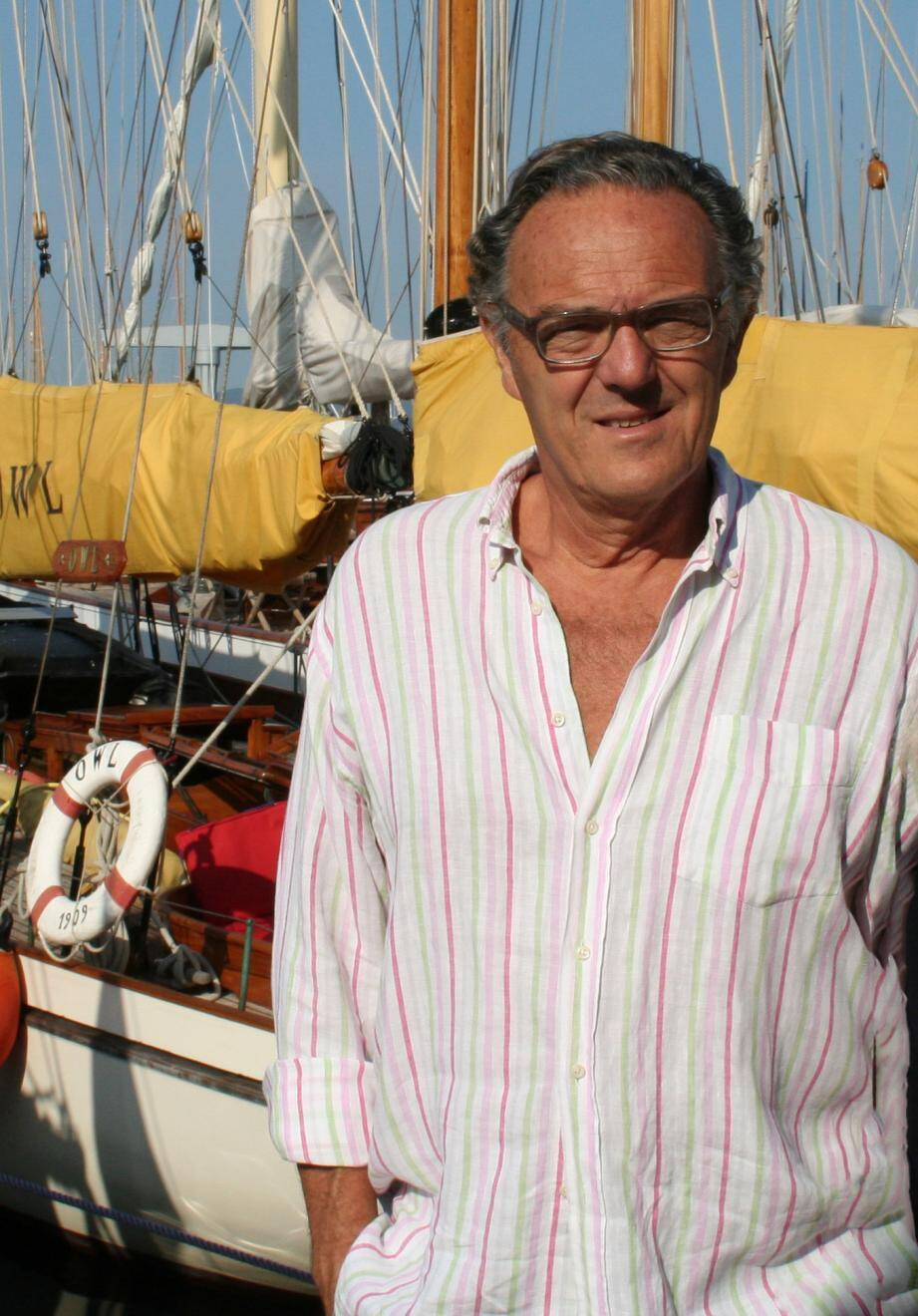 Comme d'autres, François Roos devra payer deux fois son emplacement au port. Il a pris la tête d'une association de défense des amodiataires et usagers.