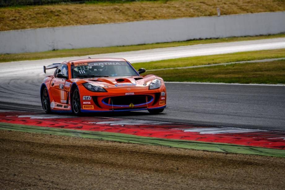 Révélation numéro 1 du championnat FFSA GT 2017, le Niçois Stéphane Tribaudini (Ginetta G55) espère concrétiser sa fulgurante montée en puissance en décrochant le titre de la catégorie Amateur, ce week-end au Castellet.