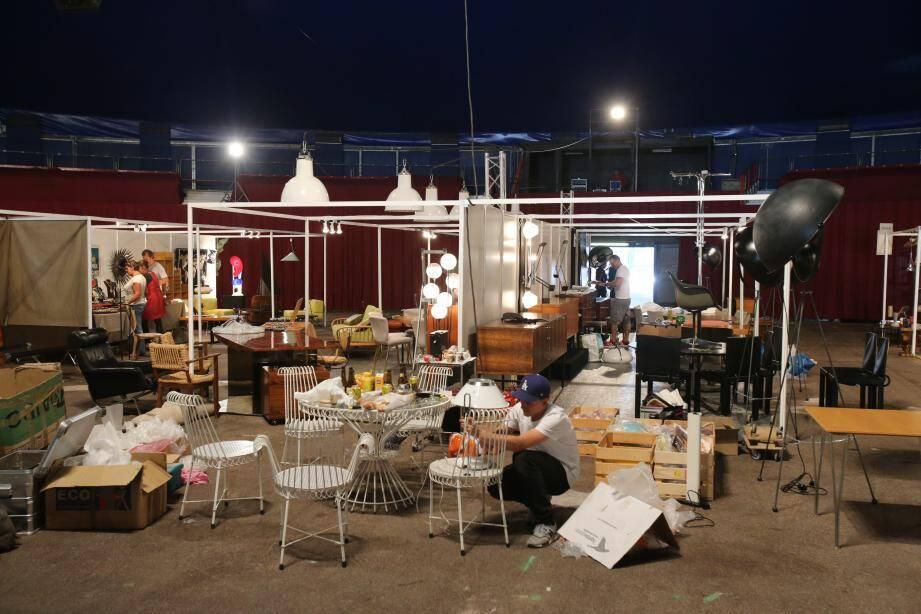 Le premier salon du vintage se déroule ce week-end sous le chapiteau de Fontvieille. Un rendez-vous pour les amateurs de pièces anciennes… et toujours tendances.