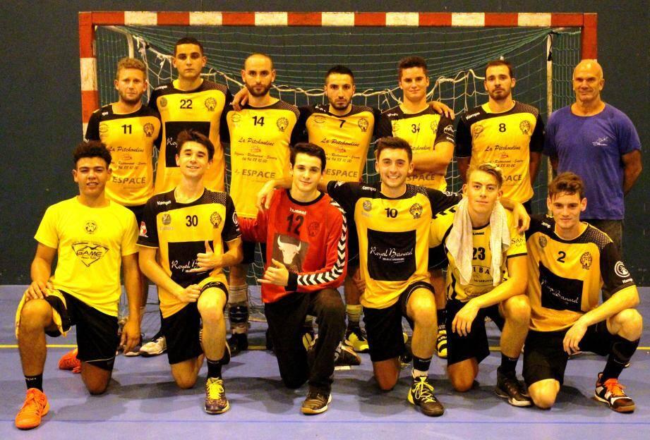 L'équipe victorieuse, samedi soir au gymnase Perpès.
