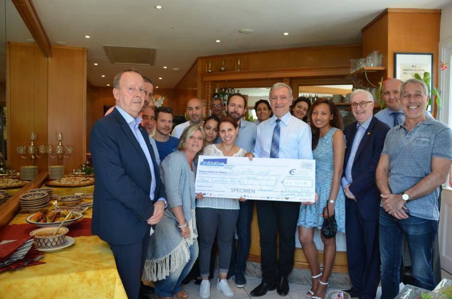 Inauguration du restaurant en présence du maire Gérard Spinelli, des élus et des représentants de « Initiative Menton Riviera », qui a soutenu Allali Lekbira dans cette entreprise, en accordant un prêt à taux zéro.