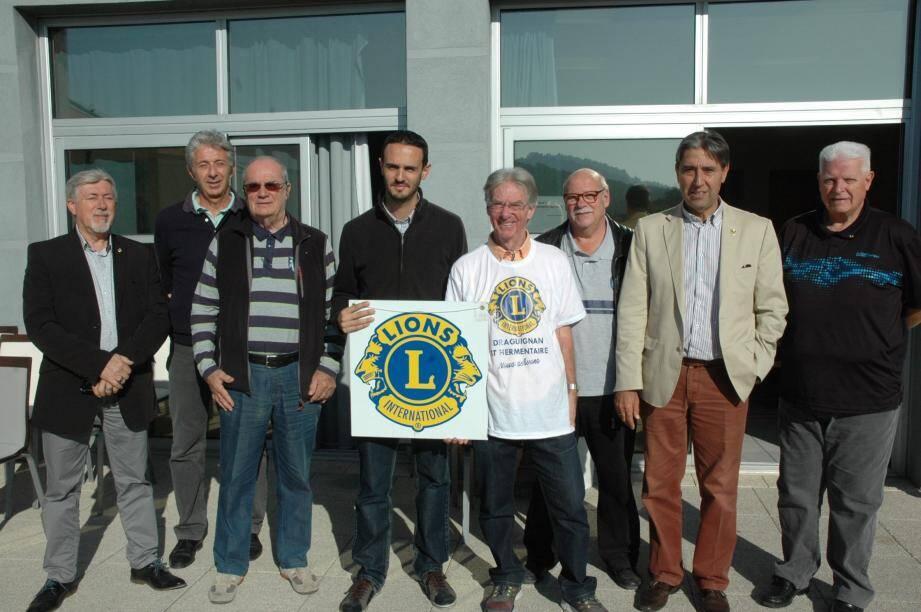 Les différents acteurs des Lions clubs de la région Corse, Côte d'Azur.