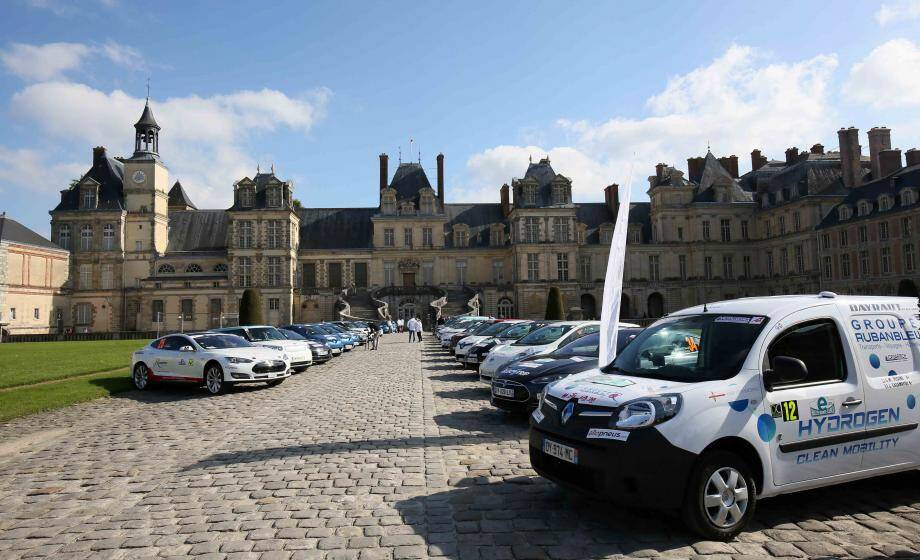 Comme l'an passé, la course démarrera depuis le parvis du château de Fontainbleau, en région parisienne.