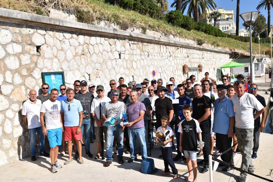 Vingt-cinq bateaux et soixante-dix participants ont répondu à l'appel de l'association du port des Fourmis pour une matinée de pêche à la traîne. (DR)