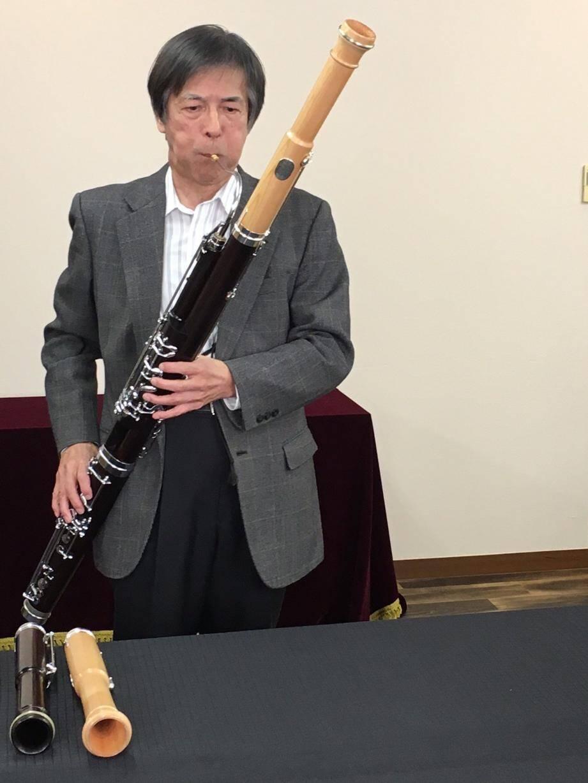 Le bassoniste japonais Kiyoshi Koyama jouera dimanche aux Arlucs un basson dont le bonnet a été fabriqué dans le bois meurtri d'une forêt détruite par le tsunami à Fukushima (DR)