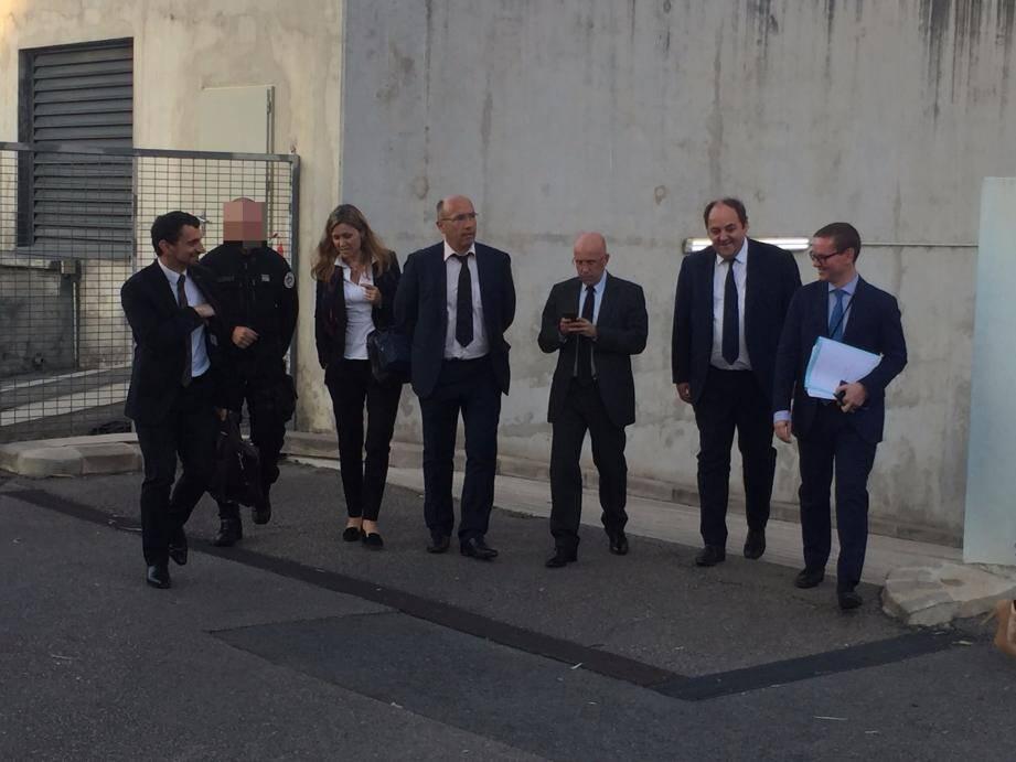 La mission de la commission des lois, hier après-midi, à Nice, au commissariat des Moulins. Depuis le début le 13 novembre 2015, 212 perquisitions administratives ont été menées dans  le département.(DR)