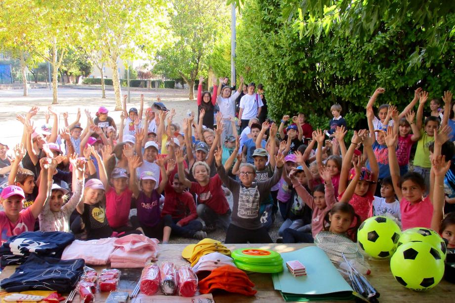 De nombreux cadeaux ont récompensé les participants.