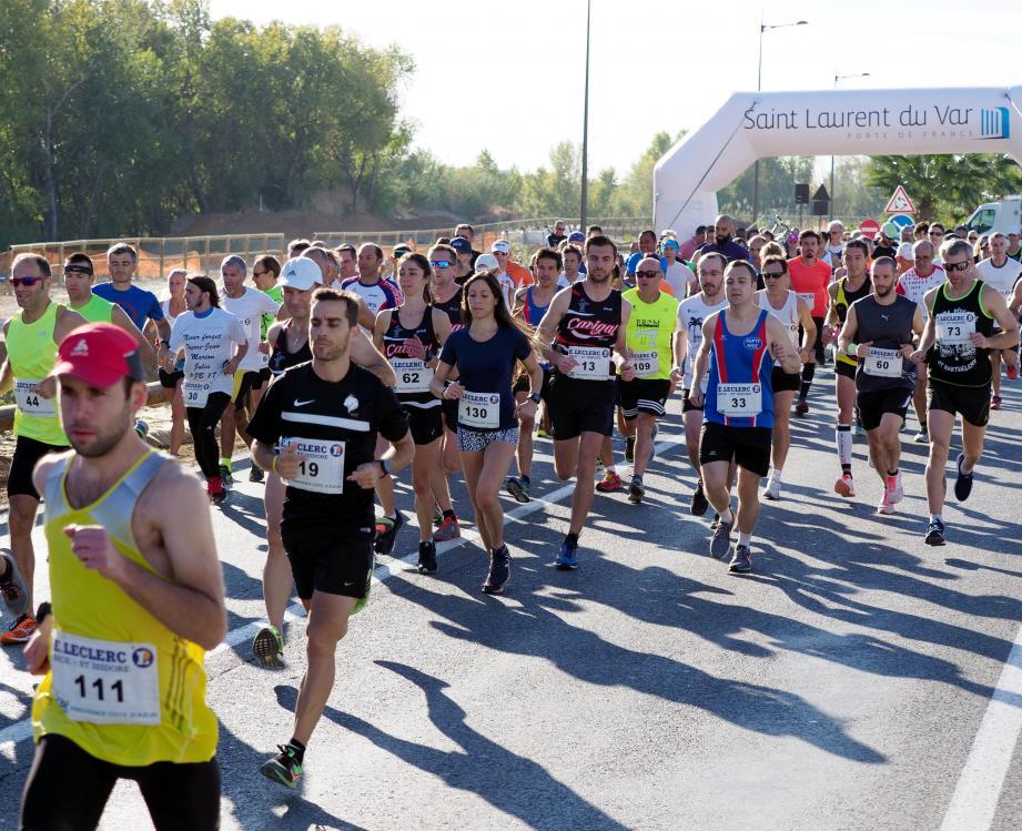 Hommes, femmes et enfants ont couru, hier entre le stade et la ZI.