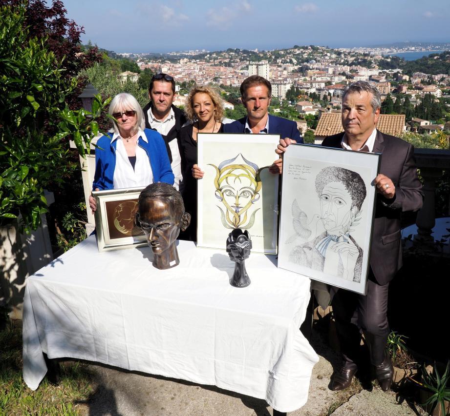 En avril dernier, les membres de l'ADVPVG, nouvellement créée, présentaient les œuvres acquises lors de la vente aux enchères d'une partie de la collection Pasquali. Depuis le patrimoine s'est étoffé…