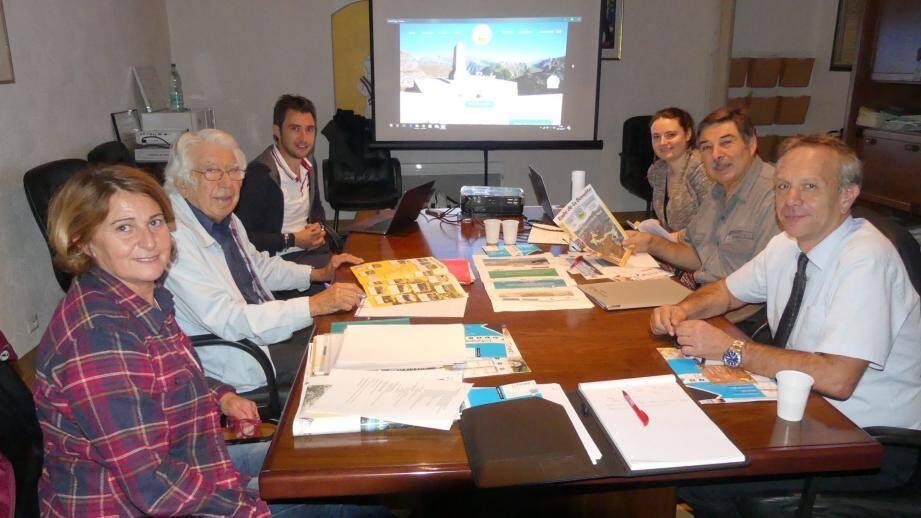 Les responsables du Sivu de la Bonette travaillent à la modernisation des outils de promotion de la route la plus haute d'Europe.