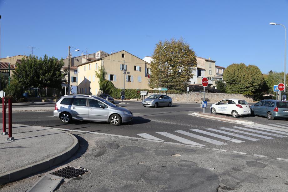 Un giratoire va voir le jour à Pignans , sur la D97, où circulent 9000 véhicules par jour