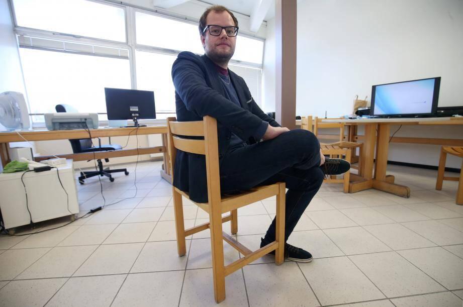 « Les trente-cinq heures, connais pas ! », lance Clément, 26 ans, patron de sa société en communication. Pourtant, si c'était à refaire, il signerait à nouveau, « sans hésiter ».