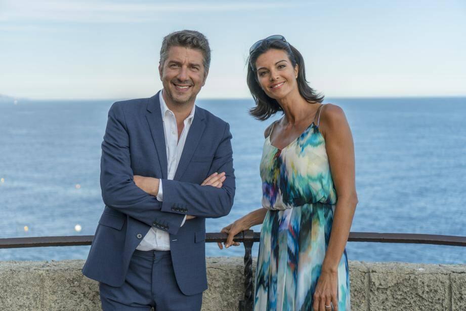 Le présentateur vedette belge Jean-Michel Zecca et l'ex-journaliste sportive Karen Coulthard présentent ce magazine inédit, tourné en Principauté.(DR)