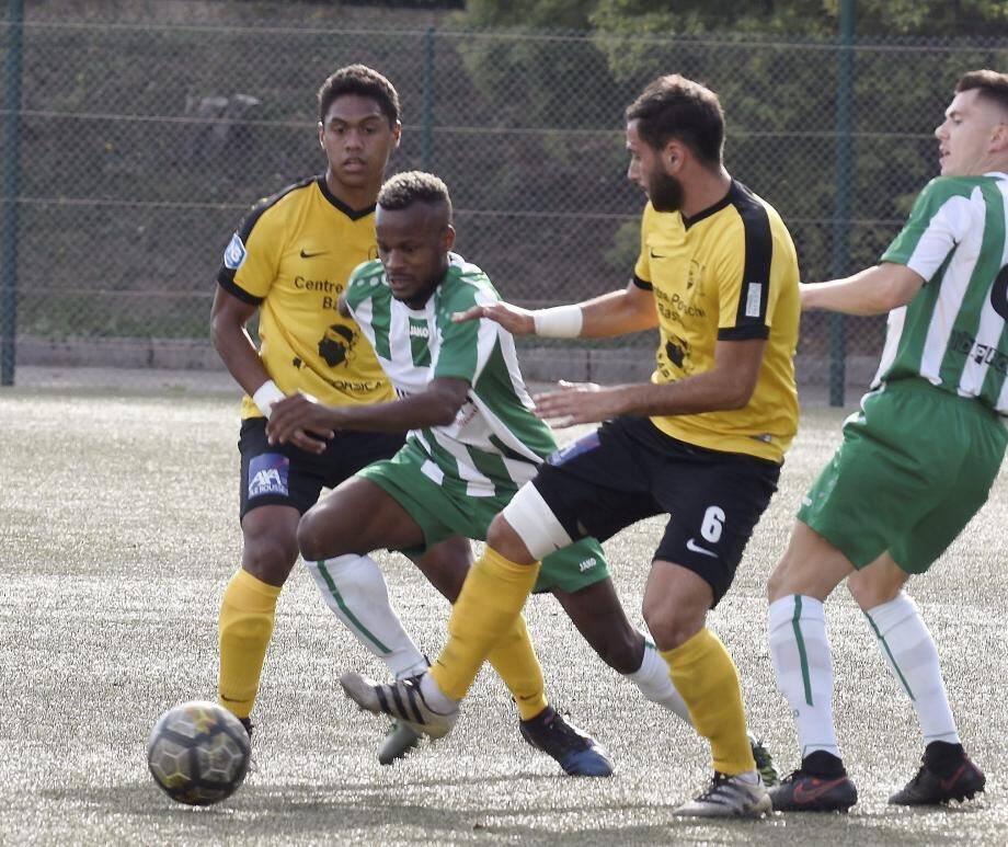 ça passe pour Ako et les Cannettans qui ont signé leur deuxième victoire de la saison hier face à L'Ile Rousse.