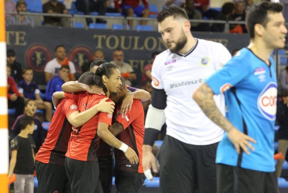 Les Toulonnais ont fait preuve de solidarité hier.