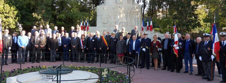 Neuf décennies de solidarité entre officiers mariniers.