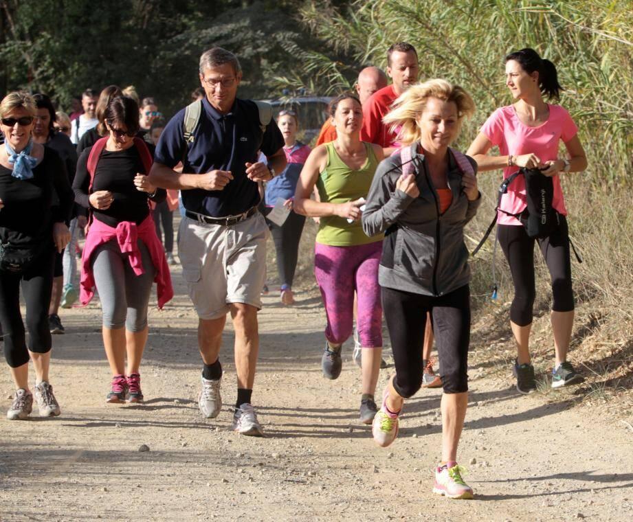 Un premier départ était donné à 9 h pour 14 km, suivi de celui de 7 km à 10 h.