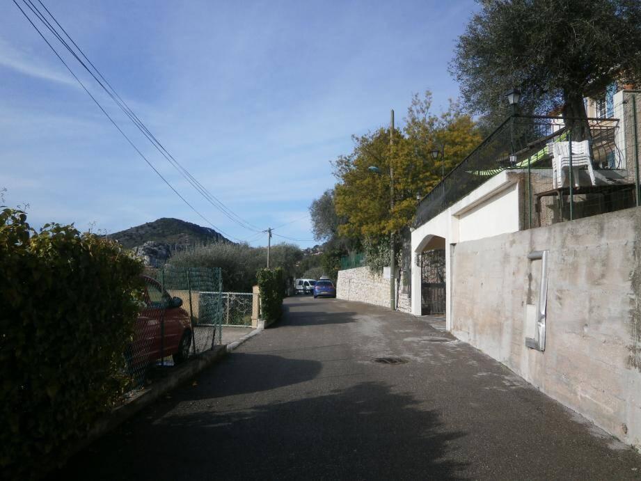Le paisible quartier de La Pella avait été bouleversé a l'annonce de la mort du discret résident allemand.