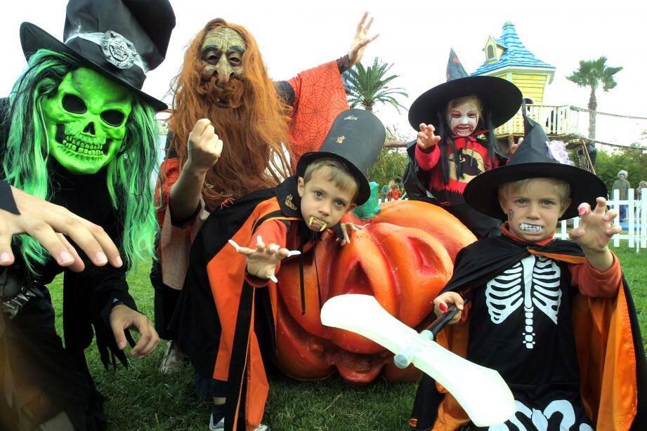 Pour cette journée des monstres, les costumes terrifiants sont fortement conseillés.