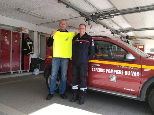 La caserne recrute du personnel pour l'été prochain. « Les pré-sélections débutent en janvier », expliquent le Lieutenant Gimenez (à droite) et l'adjudant-chef Philippe Vandevelde.