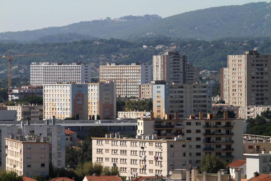 Vue du quartier nord de la Seyne avec la cite Berthe.