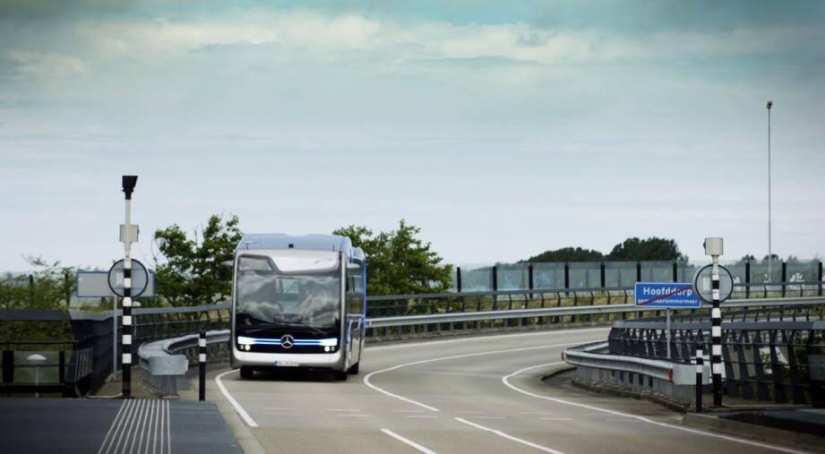 L'autobus du futur de Mercedes-Benz.