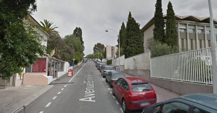 L'agression en survenue à hauteur de l'avenue Henriot, qui mène à la fac de Droit de Nice.
