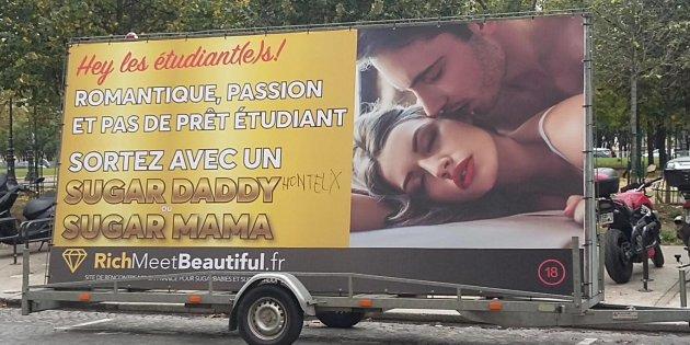 Ce camion publicitaire fait scandale.