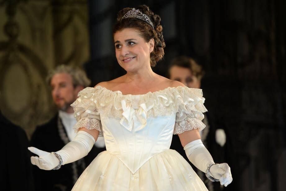 Cecilia Bartoli joue Cendrillon dans