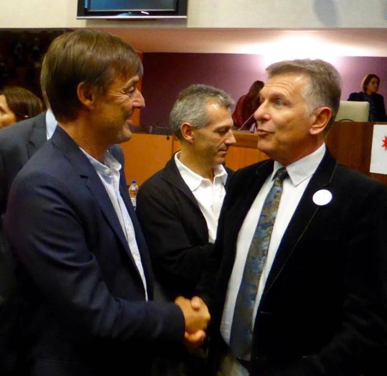 Nicolas Hulot et Michel Gros, président du Syndicat mixte de préfiguration du PNR de la Sainte-Baume.