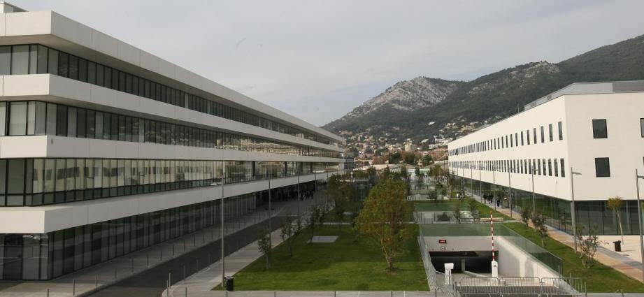 Vue de l'hôpital Sainte-Musse à Toulon.