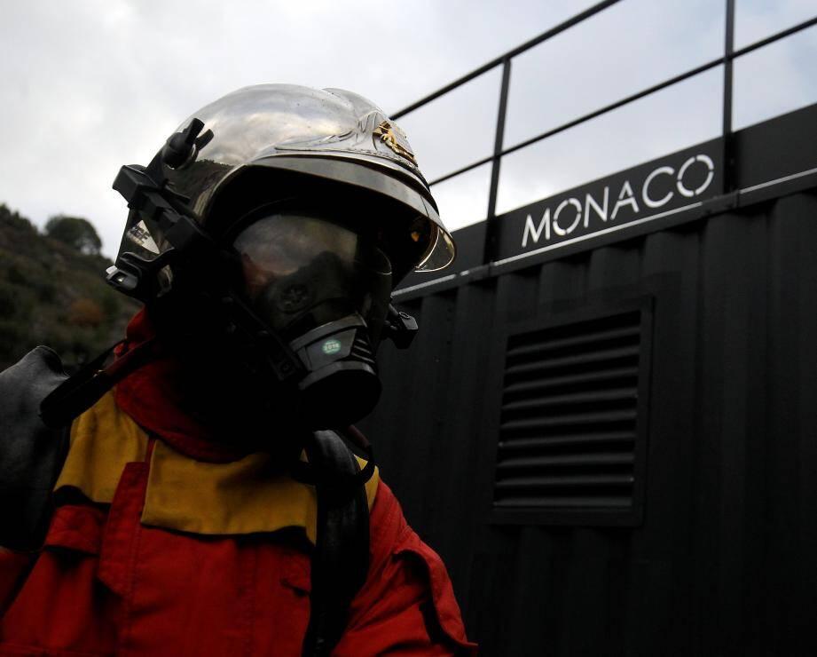 Illustration/ Exercice incendie avec les sapeurs pompiers de Monaco à la Brasca à Eze.