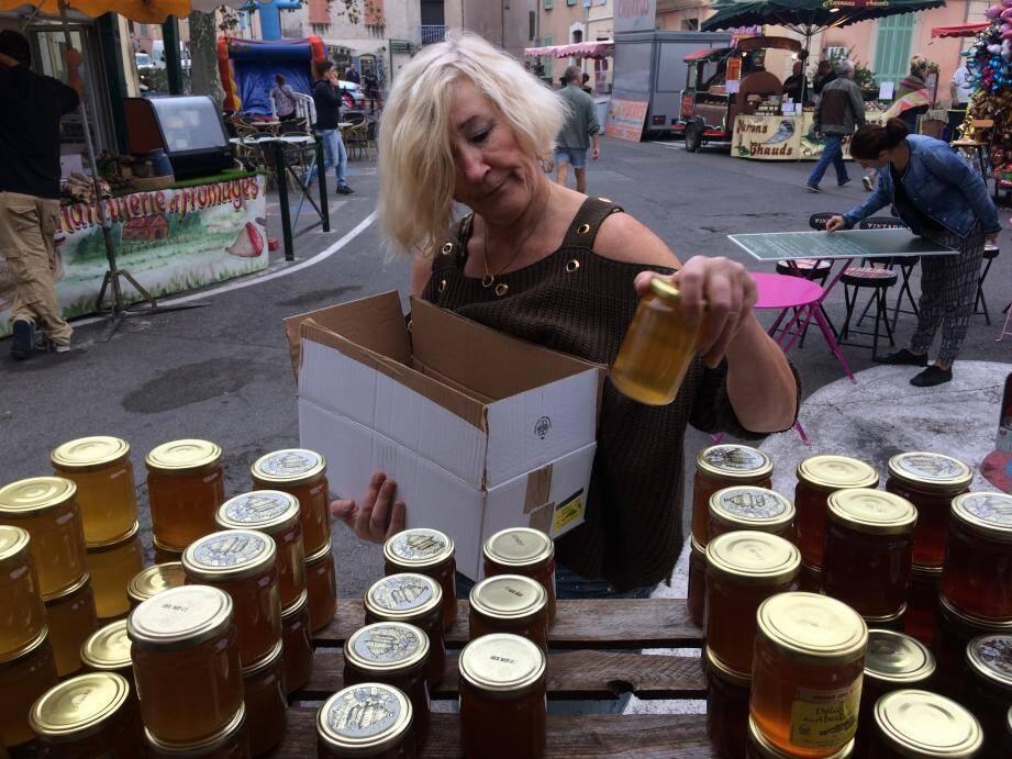 La fête du miel et de la gastronomie se prépare doucement à Roquebrune-sur-argens