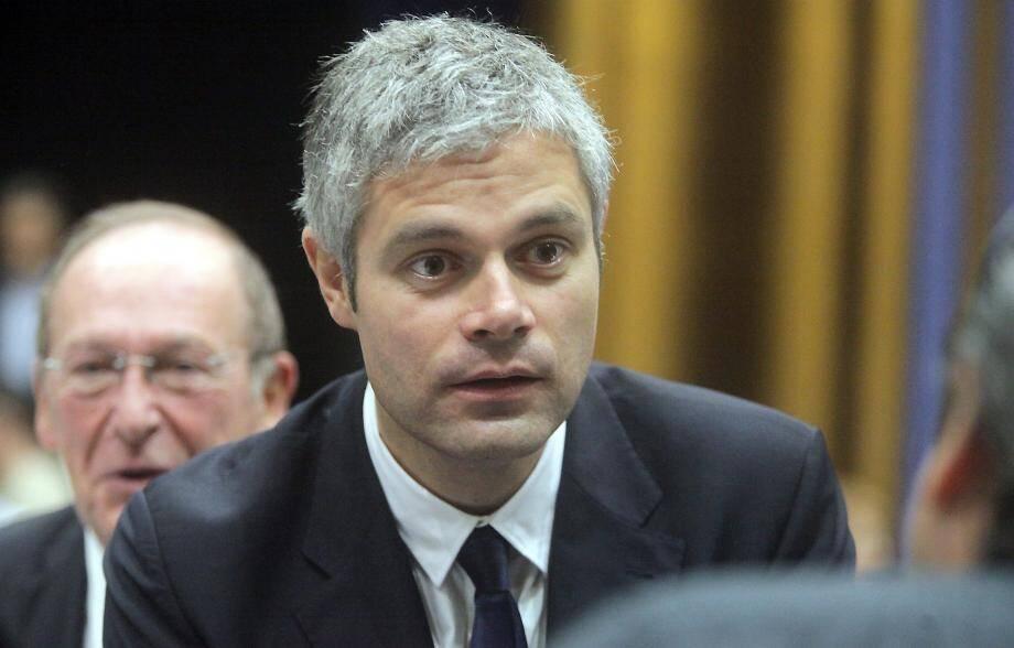 Avant de quitter le département, il a rencontré Christian Estrosi, le maire de Nice, lors d'un tête-à-tête à huis clos.