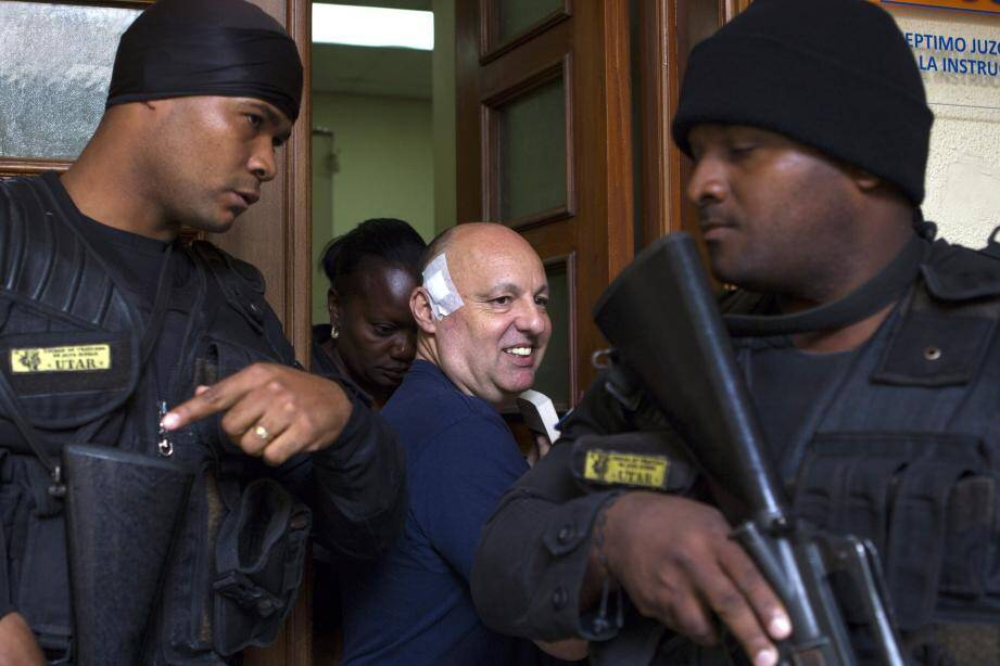 Christophe Naudin en mai 2017 à la sortie du tribunal de Saint-Domingue.