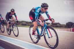 Les vélos à pignon fixe reviennent samedi au Castellet.