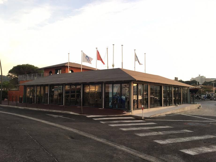 La Société Nautique de Saint-Tropez.