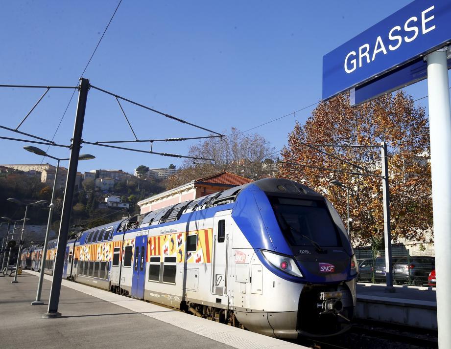 Le cadencement sera doublé sur la ligne Cannes-Grasse dès décembre.