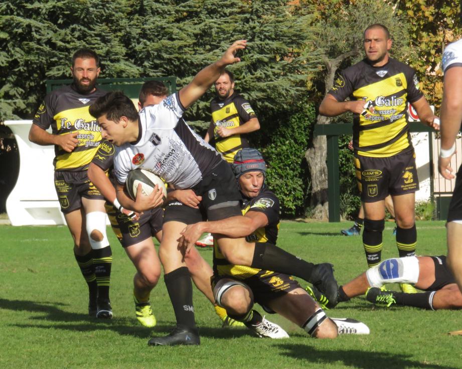 Sanary sera diminué face à Arles mais espère prendre le bonus défensif.