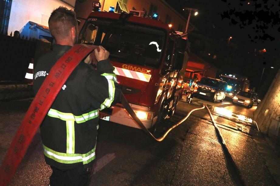 Hier vers 17 heures, un incendie domestique s'est déclaré dans un appartement de l'avenue Georges-Drin. Le logement est détruit à 100%. Heureusement, l'accident n'a fait aucune victime.