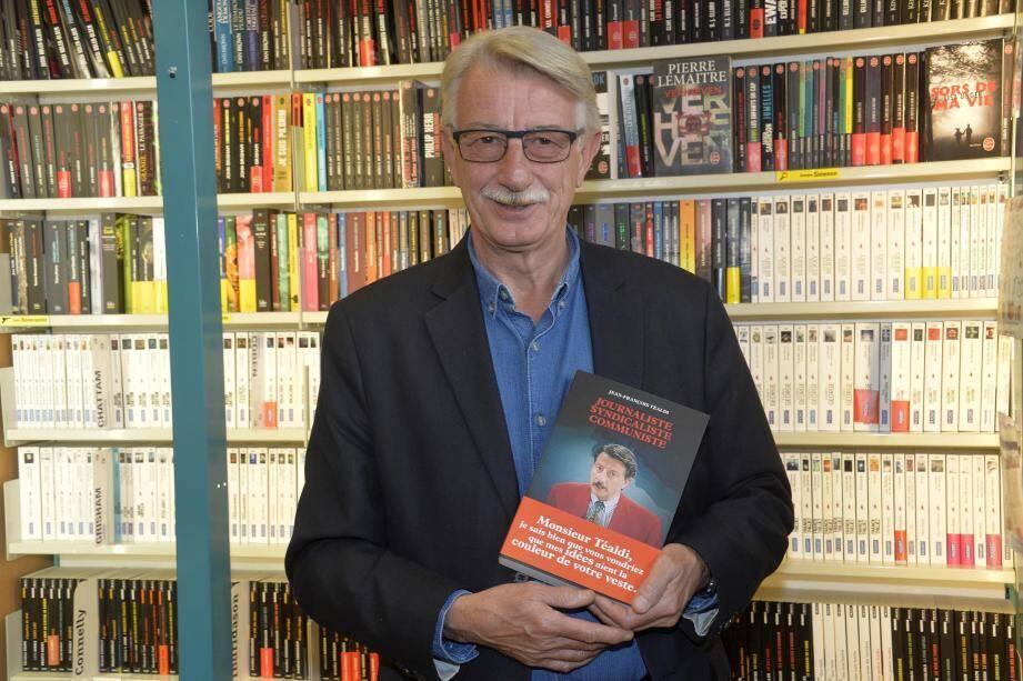 L'ex-journaliste de France 3 était à la librairie Arts et livres hier.