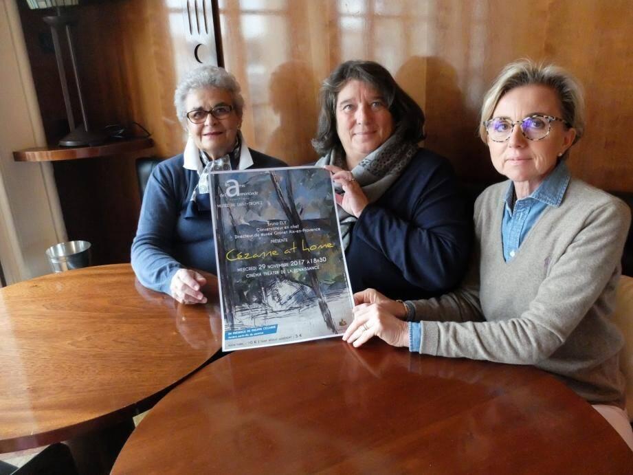 Martine Wanono, Geneviève Walter et Marlène Durand-Viel (de g à d) présentent l'affiche de la conférence sur Cézanne.