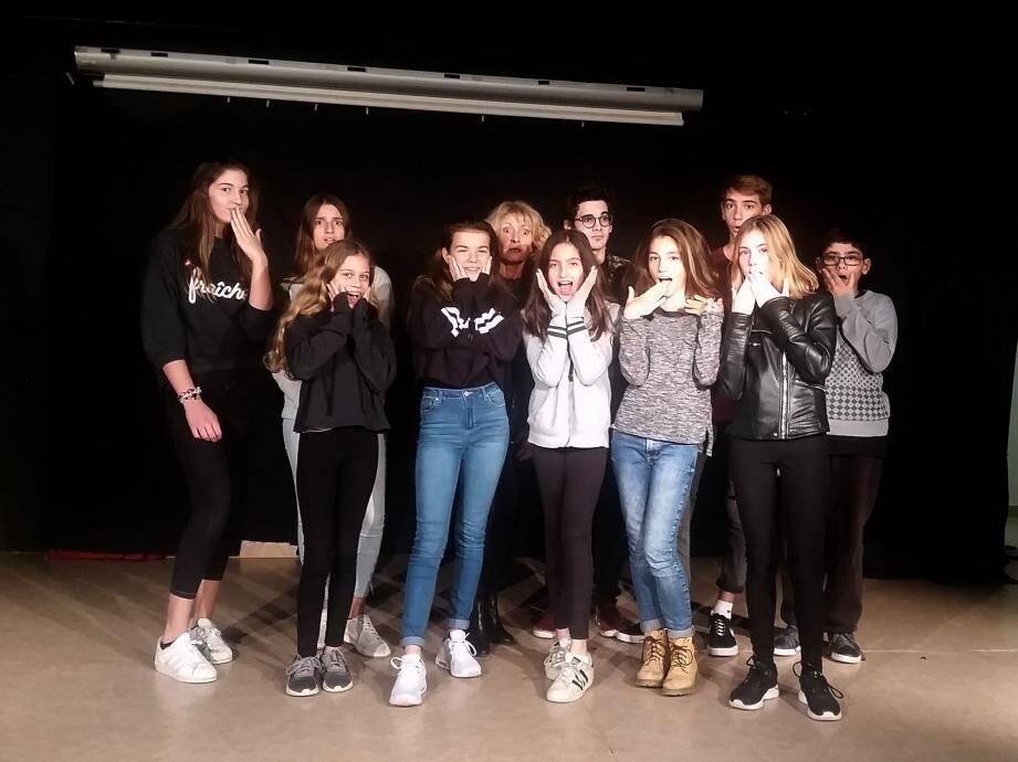 Exercices d'improvisation mercredi dernier avec le groupe des adolescents.