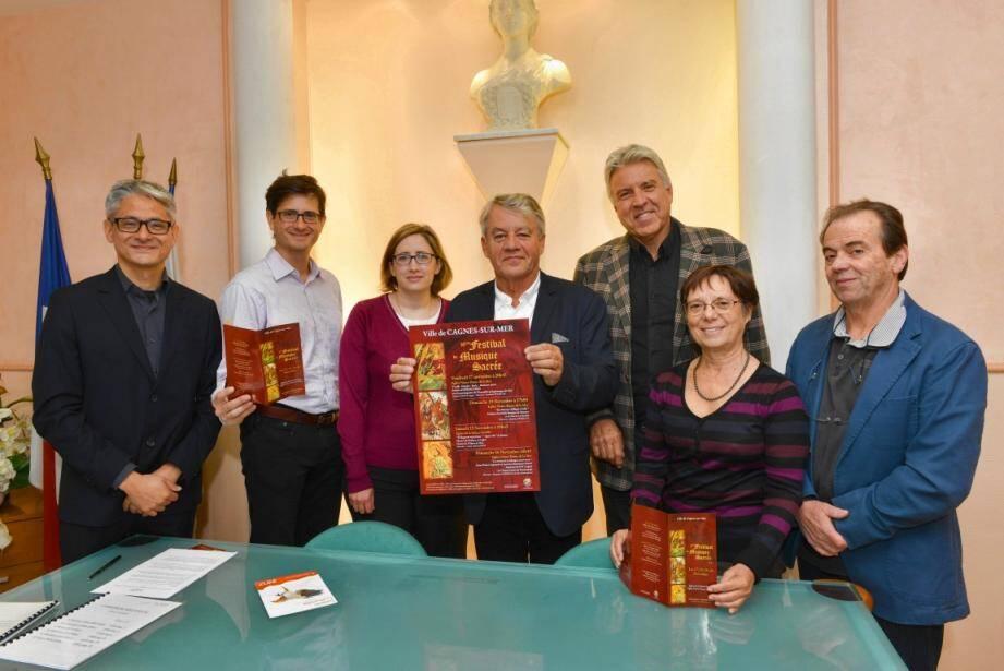 Lancement de la 16e édition du festival de musique sacrée en mairie. La manifestation commence vendredi. (DR)