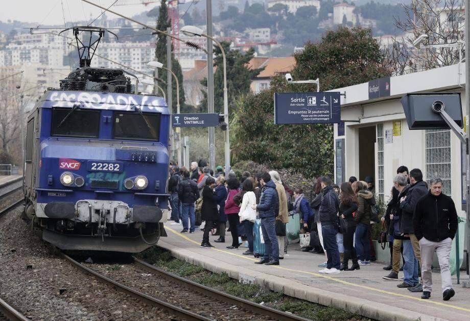 À partir du 10 décembre, les Regio 2N à forte capacité de 1 000 places assises pourront desservir la gare de Riquier.