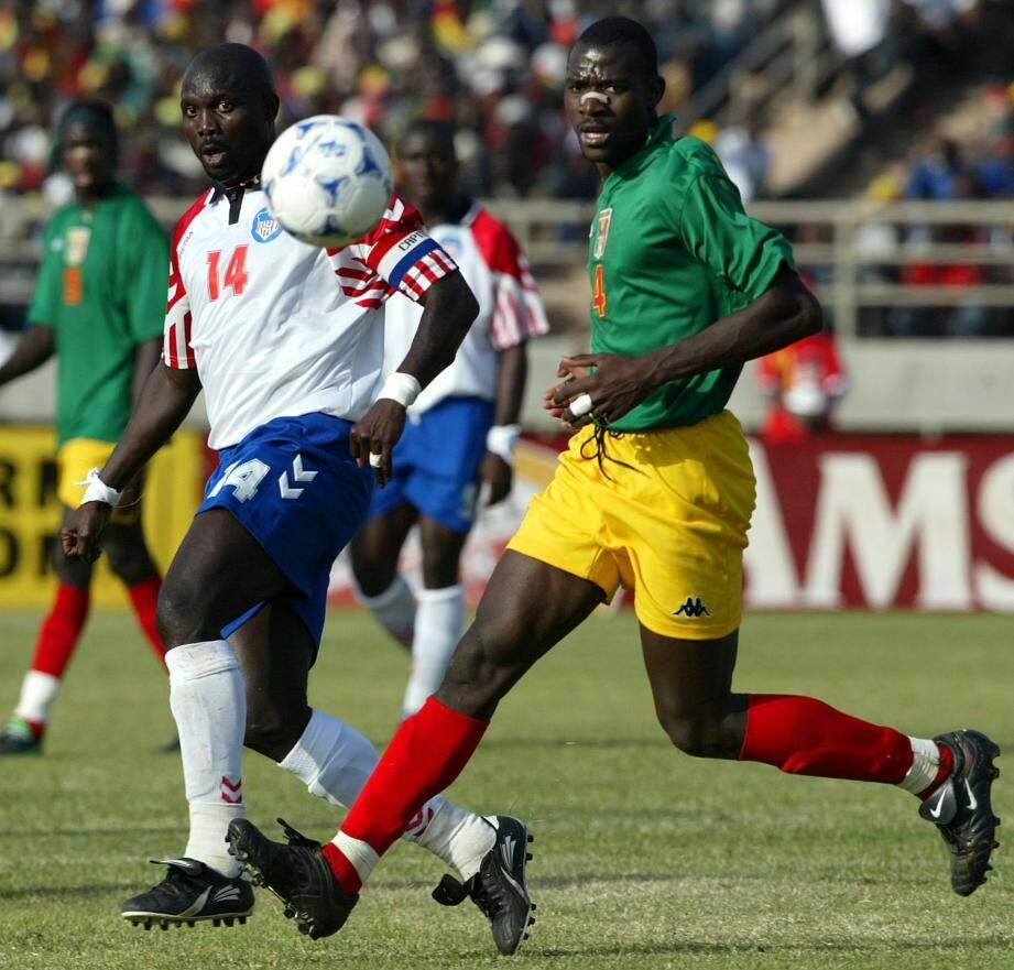 Le Libérien George Weah, le Gallois Ryan Giggs et le Nord-Irlandais George Best étaient trop esseulés dans leur sélection pour pouvoir disputer une Coupe du monde.