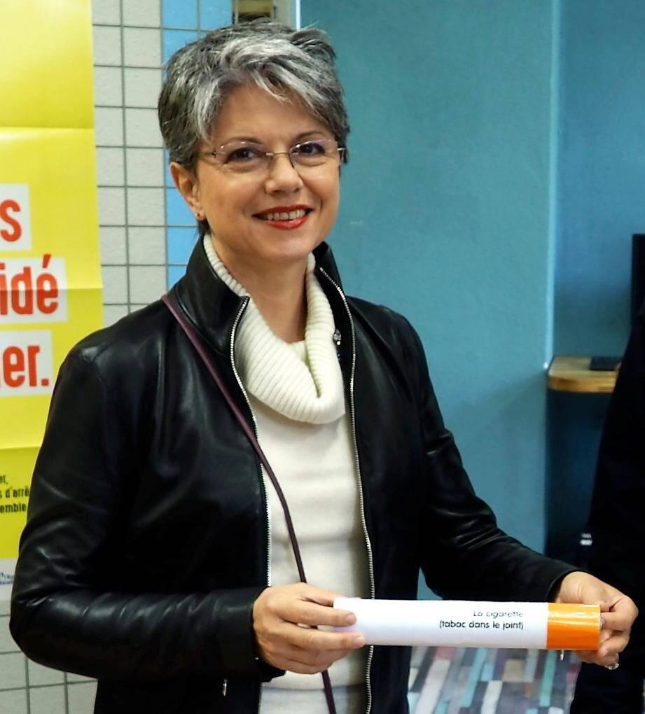 Après être allée à la rencontre des élèves du lycée les Coteaux, Brigitte Lefebvre a organisé des ateliers autour de la dépendance au tabac.