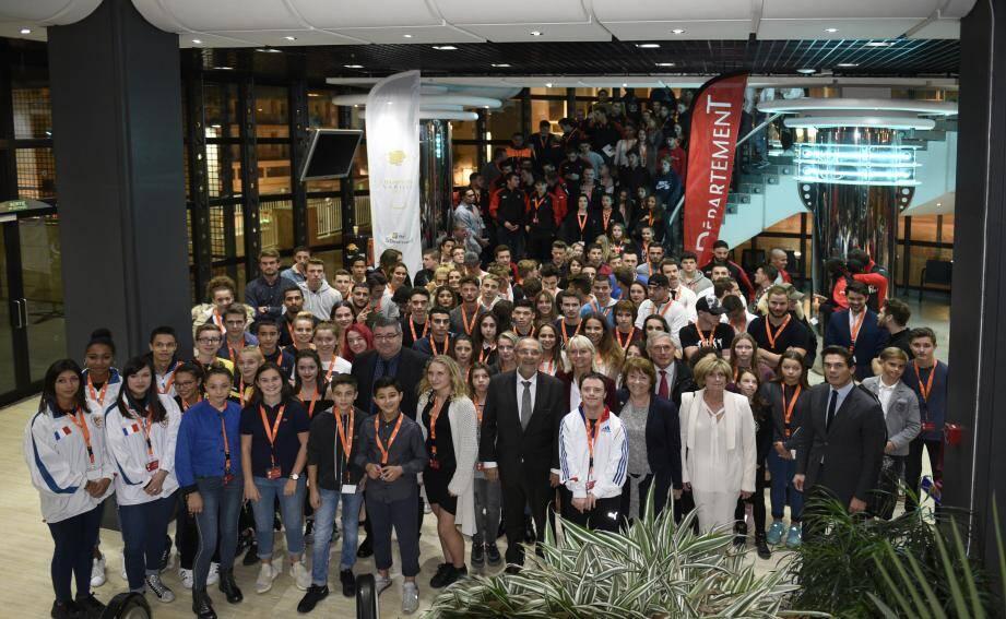 Près de 250 jeunes sportifs ont été mis en lumière mardi soir au palais Neptune à Toulon.